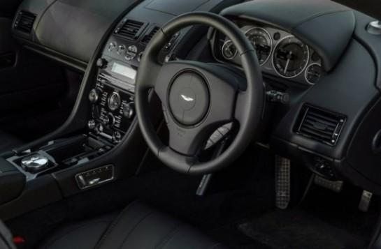 Aston Martin DB9 интерьер
