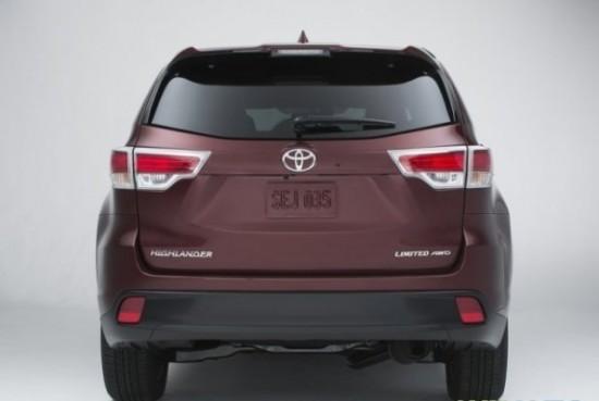 Toyota Highlander 3 фото сзади