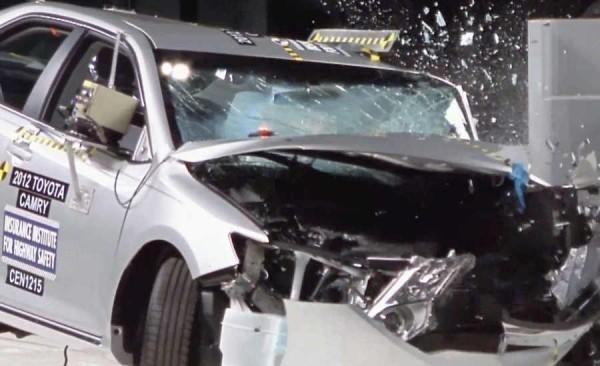 Краш-тесты автомобилей 2013