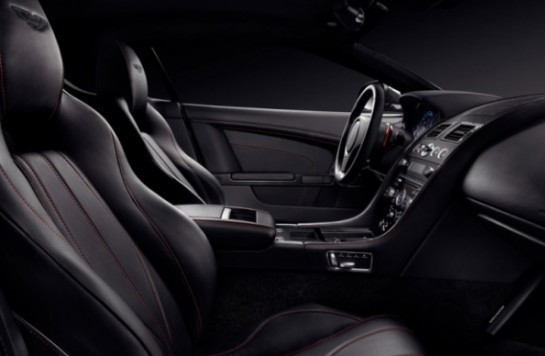 Aston Martin DB9 фото салона
