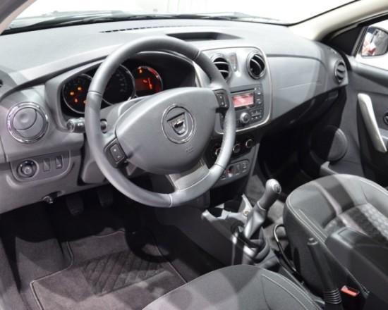 Dacia Logan MCV фото салона