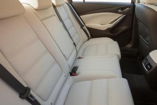 Рестайлинговая Mazda 6 сиденья