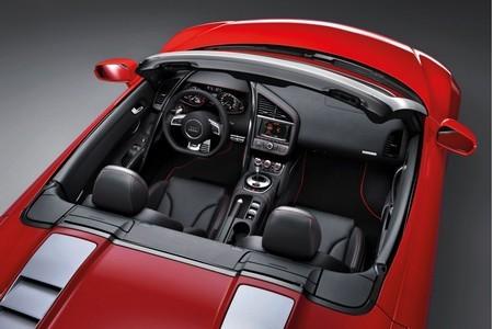 Audi R8 кабриолет Кабина