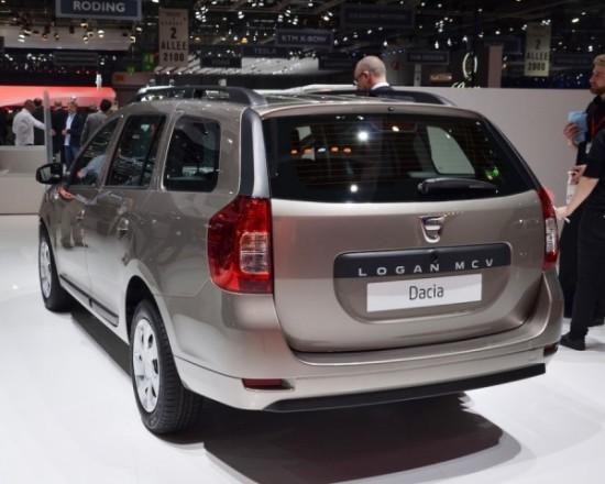 Dacia Logan MCV фото сзади