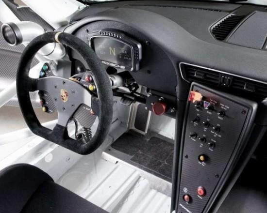 Porsche 911 GT3 Cup фото салона