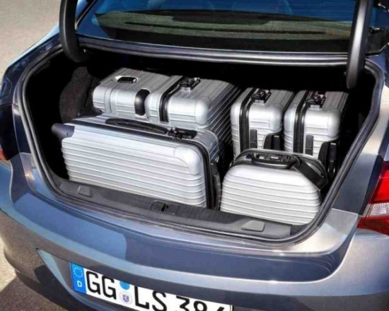 Opel Astra багажник