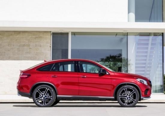 Mercedes GLE фото справа