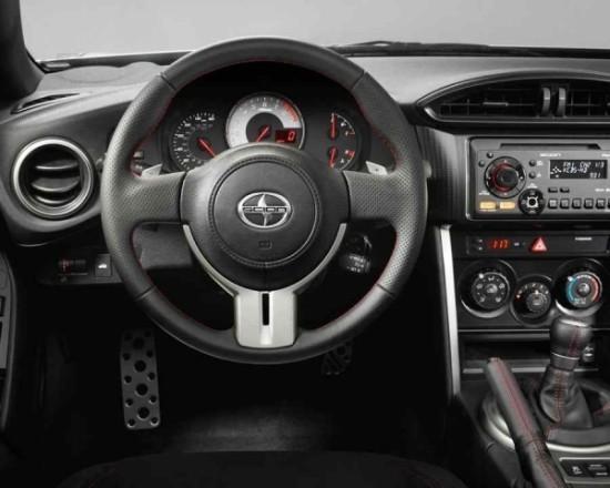 Toyota Scion FR-S фото салона