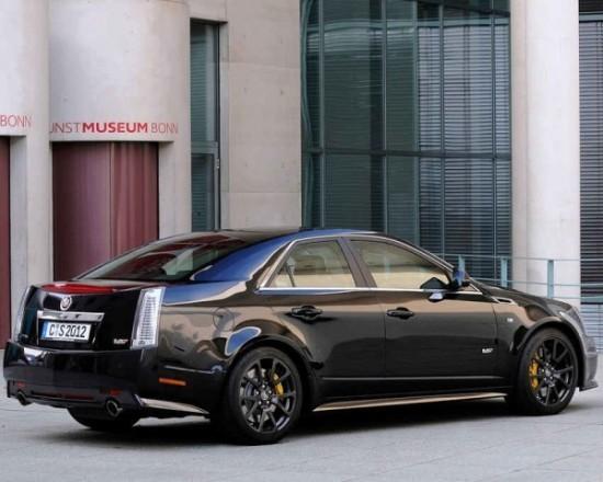 Cadillac CTS-V седан фото сбоку