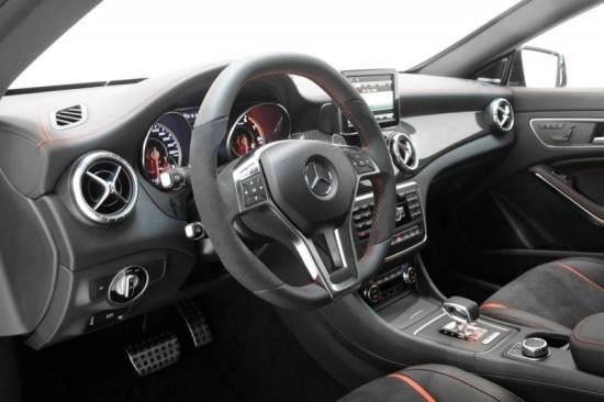 Mercedes-Benz CLA 45 AMG фото салона