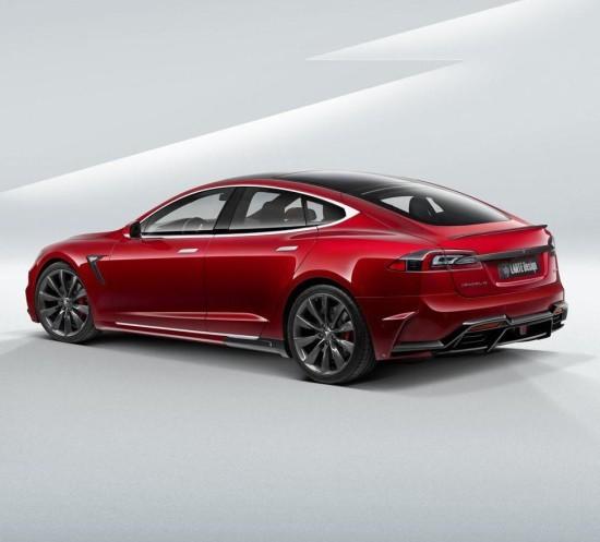 Tesla Model S фото сбоку