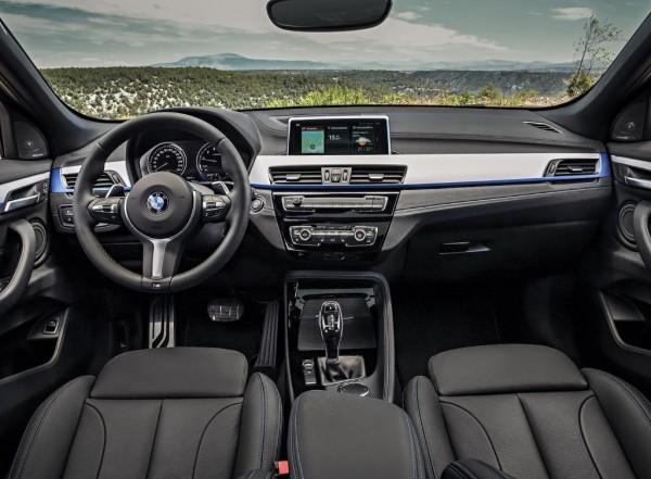 BMW X2 2018 фото салона