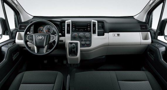 Toyota Hiace 2019 – 2020 фото салона